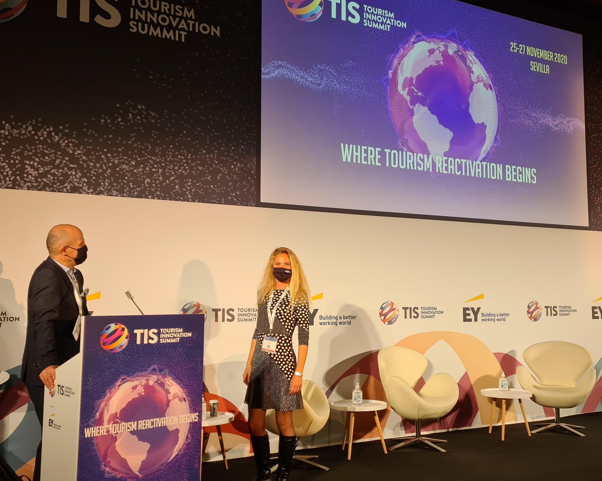 Speakers at TIS